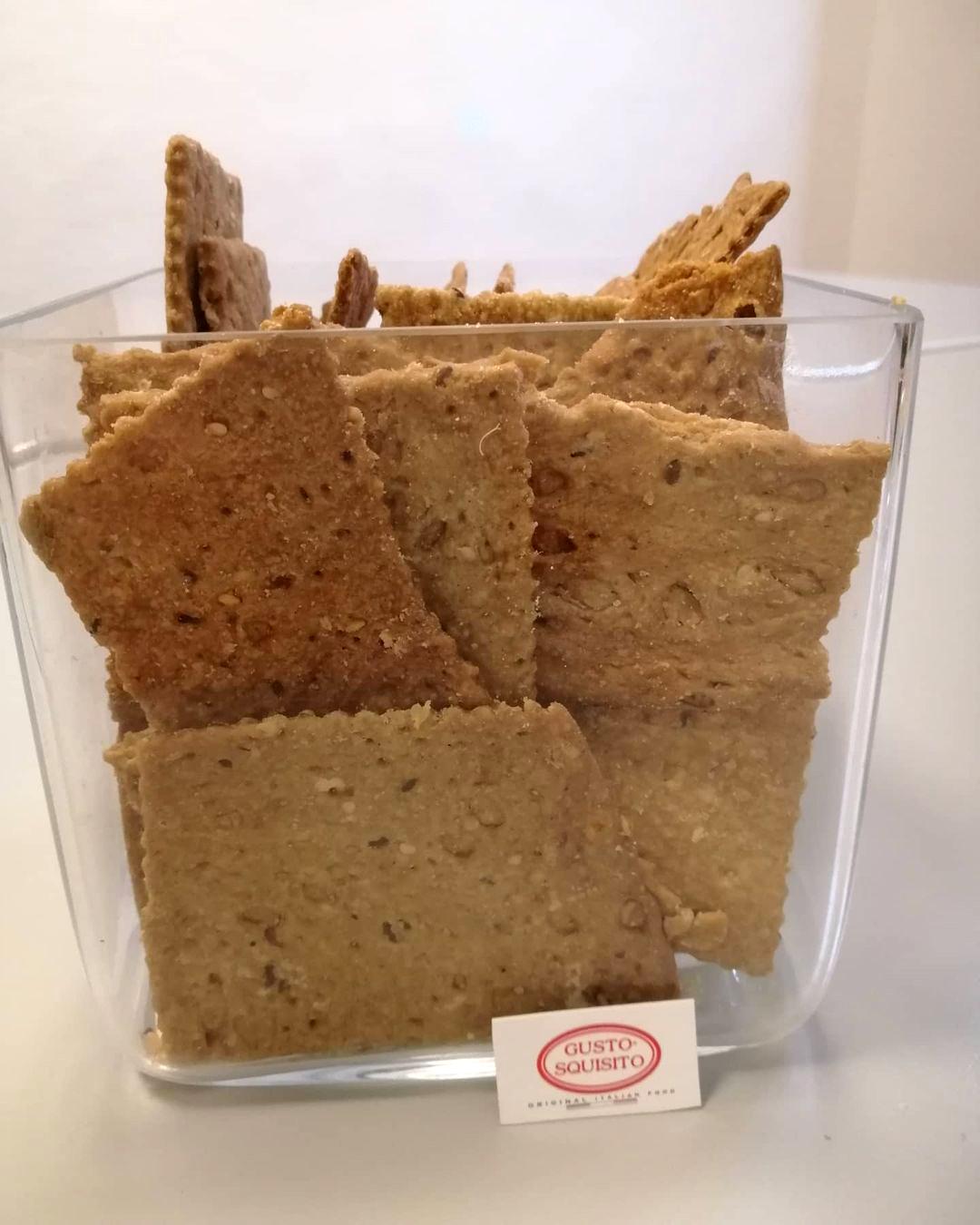 gusto squisito cracker fatti a mano prodotti gourmet